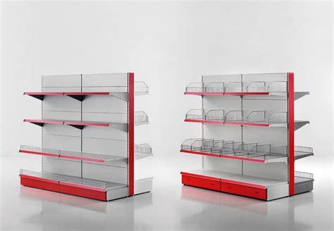 scaffali metallici usati arredo usato per negozi scaffali a gondola usati a napoli