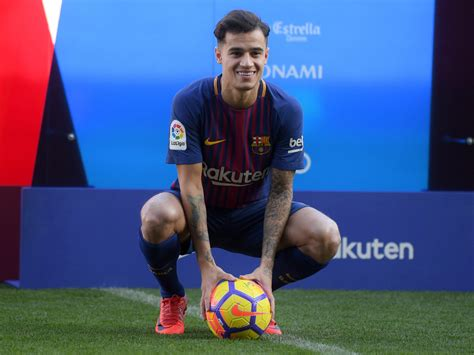 barcelona coutinho barcelona officially unveil philippe coutinho fox sports