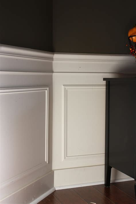 Wainscoting Molding The Yellow Cape Cod 31 Days Of Character Building