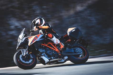 Ktm Super Duke Motorrad Online by Ktm 1290 Super Duke Gt Test Pr 228 Sentation Motorrad Fotos
