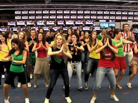 best flash mobs of all time boat 1 flash mob waka waka this time for africa shakira in