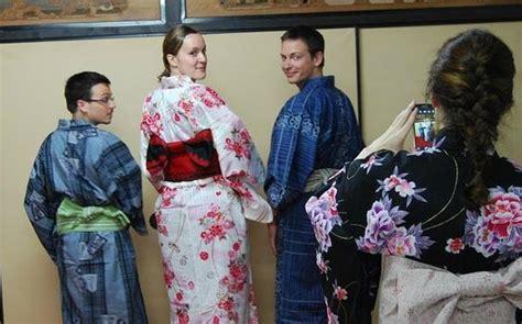Dress Miyabi 4 learn how to wear yukata and enjoy summer in japan
