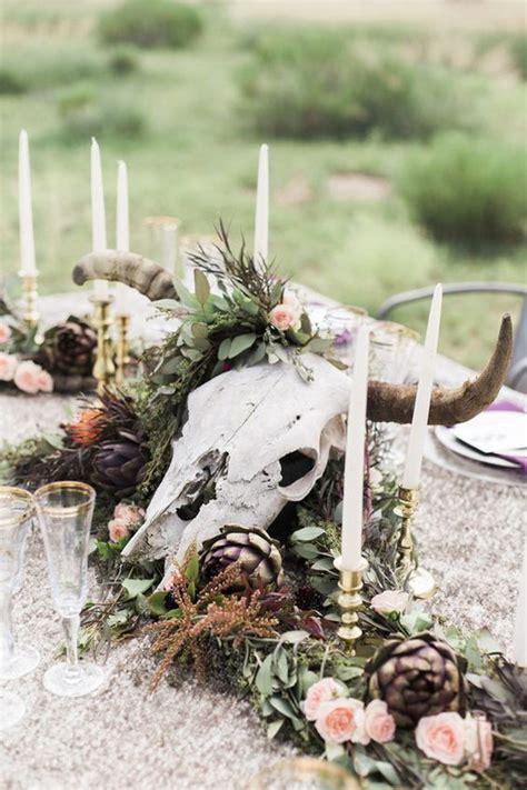 27 Stylish Ways To Use Skulls At Your Wedding   Weddingomania