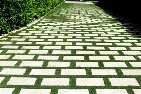Patio Pavers With Grass Inbetween The Pink Zipper The Driveway Is Driving Me Nuts
