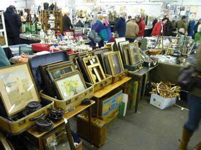 Garage Flea Market Nyc by Here Be Things Antiques Garage In Chelsea The Most