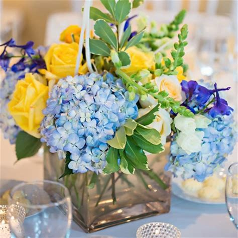 blue and yellow centerpieces 301 moved permanently