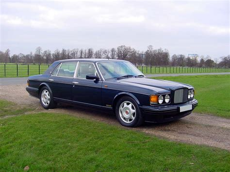 bentley turbo r tamerlane s thoughts the bentley turbo r the big fast saloon