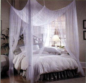 easy options to make your own canopy bed everythinginteriors four poster bed with canopy images