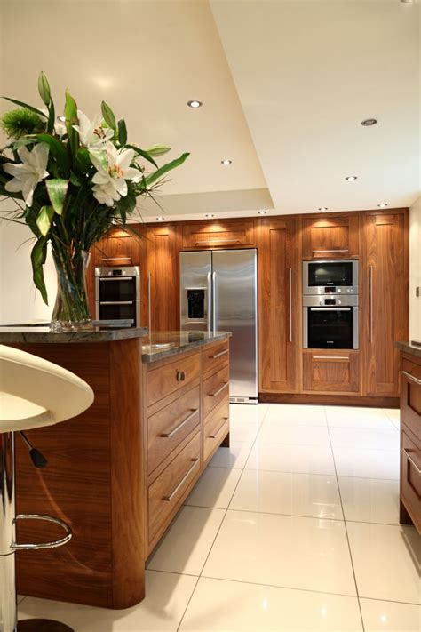 black walnut kitchen cabinets best 25 walnut kitchen cabinets ideas on