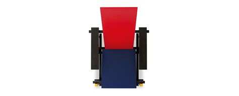 red and blue armchair 635 red and blue chairs by gerrit thomas rietveld cassina