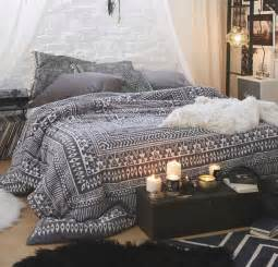 Black Pattern Duvet Cover Place Where I Feel At Home Sypialnia Grace