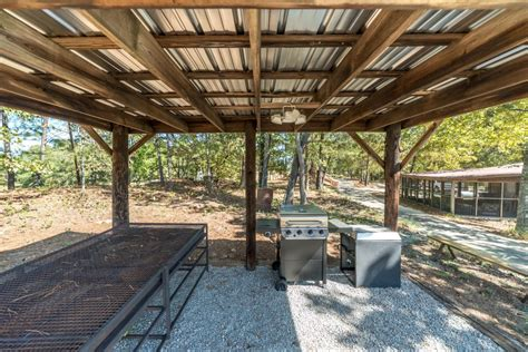 Roadside Grill And Cabins by Stewart Cabin Tobacco Road Golf And Travel