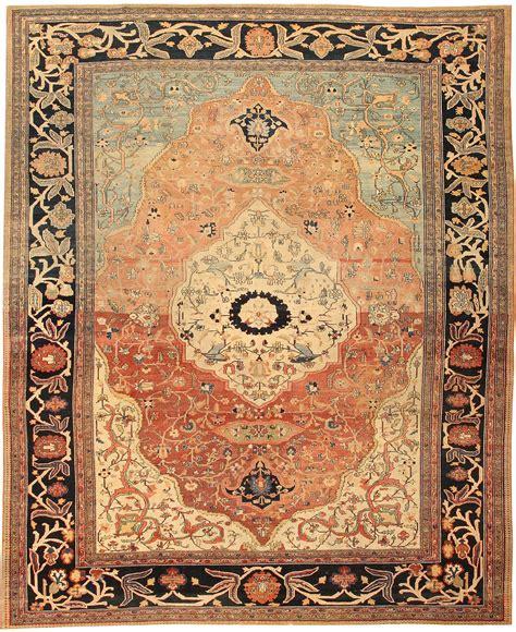 Rug Antique by Antique Sarouk Farahan Rug 43371 Nazmiyal Collection