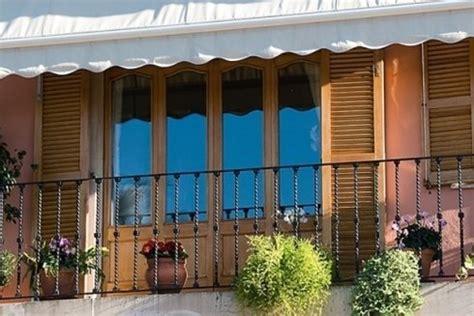 riparazione persiane in legno riparazione avvolgibili prato carmine carleo