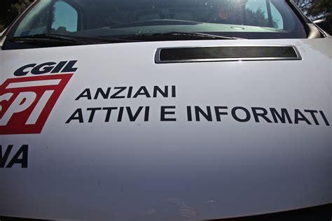 ufficio turistico spoleto terremoto a spoleto consegna ufficio mobile spi cgil a