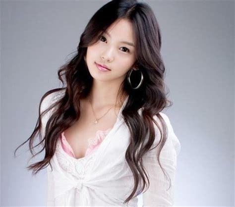 Korean Women Hairstyles Ideas   HairJos.com
