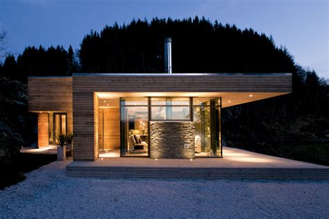 Contemporary Cabin | modern cabin gj 9 in bjerg 248 y norway by gudmundur jonsson