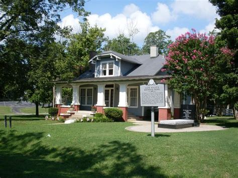 haley house alex haley s boyhood home picture of alex haley house museum henning tripadvisor
