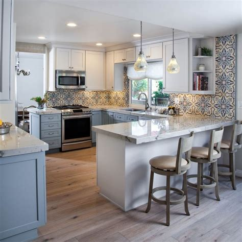 Peninsula Kitchen Cabinets Best 20 Kitchens With Peninsulas Ideas On Kitchen Peninsula Kitchen With Peninsula