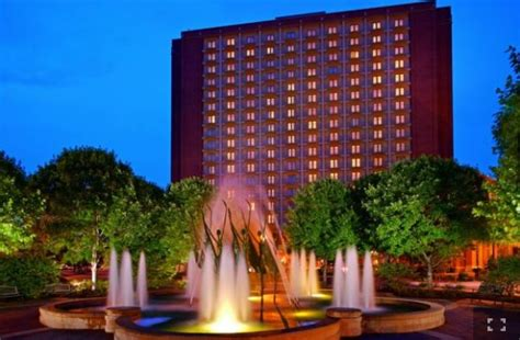st louis hotels from 163 72 cheap hotels lastminute vip access nhl winter classic tickets luxury hotel packages