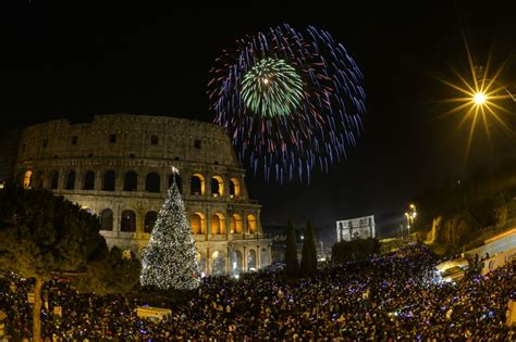 k new year episode 2015 il capodanno 2015 con i fuochi artificiali ai fori