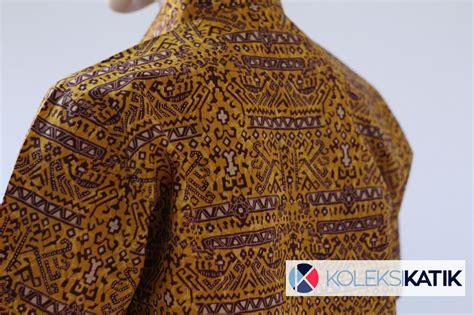 Batik Pria Motif Leaf Kuning kemeja batik otentik papua kuning koleksikatik