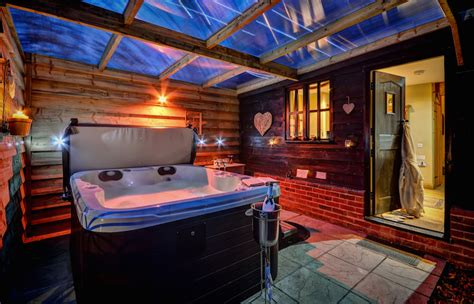 luxury cottages with tub orwell barn luxury cottage with tub suffolk