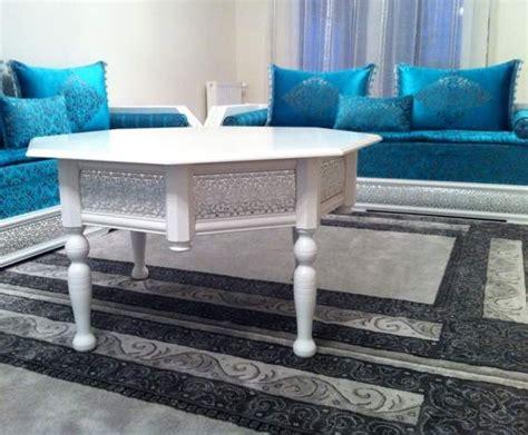 Table Banquette Couleur Bleu Pour Salon Marocain Design Contemporain