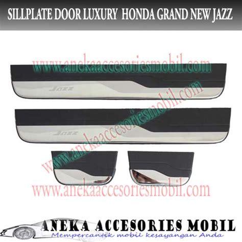 Outer Chrome Grand New Jazz 2014 sillplate door honda grand new jazz sillplate pintu
