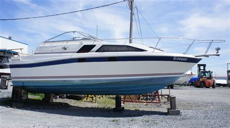 bayliner cuddy cabin 19 1985 used boat for sale in