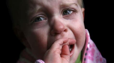 imagenes niños tristes llorando ni 241 o triste llorando imagui