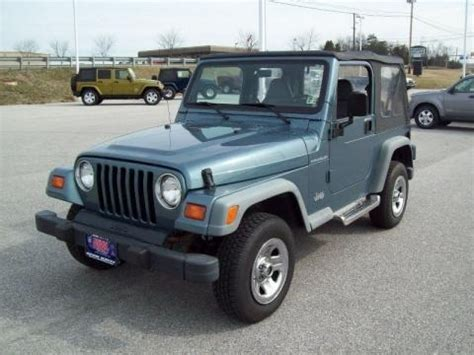 1998 Jeep Specs 1998 Jeep Wrangler Se 4x4 Data Info And Specs Gtcarlot