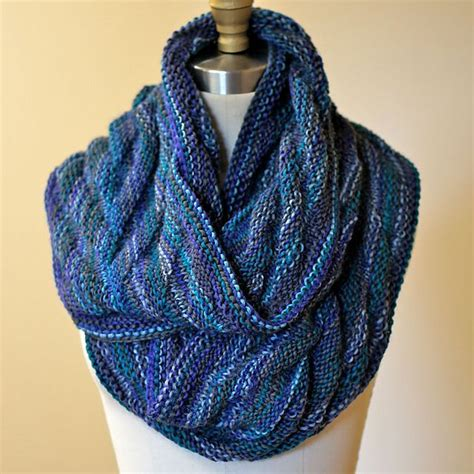 easy cowl knitting pattern 910 best images about free knitting patterns cowls