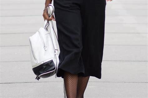jupe bureau porter une jupe culotte au bureau deadlines dresses
