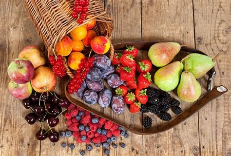 fruit you should eat everyday 4 fruits you should eat every day eat healthy be healthy