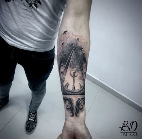 pyramid clock tattoo 20 amazing pyramid clock tattoos