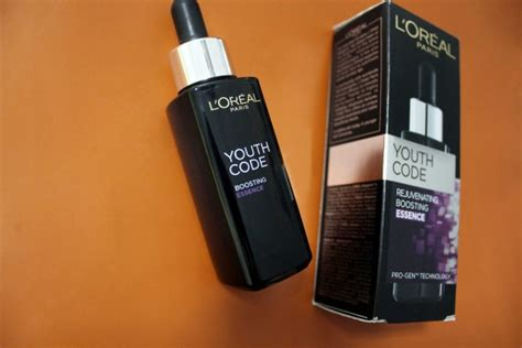 L Oreal Youth Code Boosting Essence review l oreal youth code rejuvenating boosting