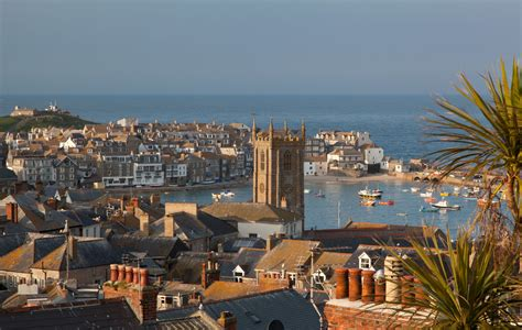 best in uk top 10 towns best of the cornwall guide