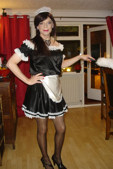 sissy maid sissy stuff pinterest here is a nice little sissy maid pretty french maids