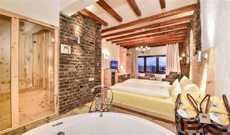 Hotel Mit Badewanne Im Zimmer by Hotelzimmer Mit Whirlpool In Nrw Unvergessliche Stunden