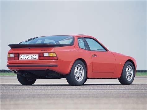 1980 porsche hatchback porsche 944 la porsche des ann 233 es 80 boitier rouge