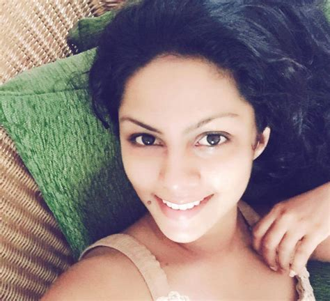 sri lankan actress facebook photos sri lankan hot actress photos facebook