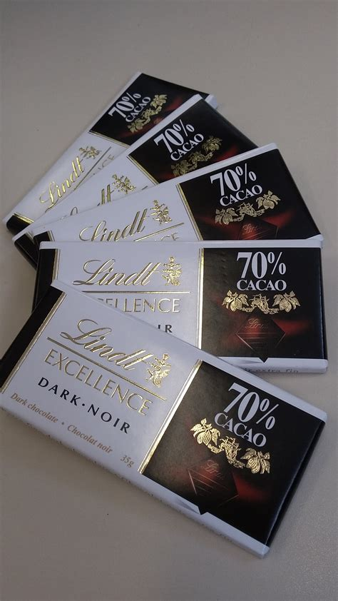 Lindt Chocolate Excellence 70 lindt excellence 70 cocoa bar reviews in chocolate
