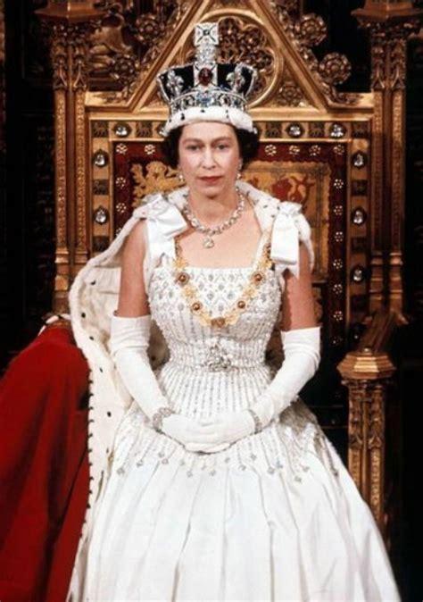 queen elizabeth 2 queen elizabeth ii queen elizabeth ii photo 33199004