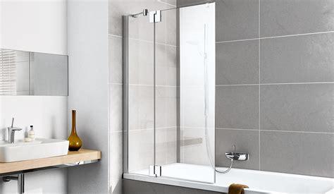 badewanne zum duschen spritzschutz badewanne dachschr 228 ge gt jevelry
