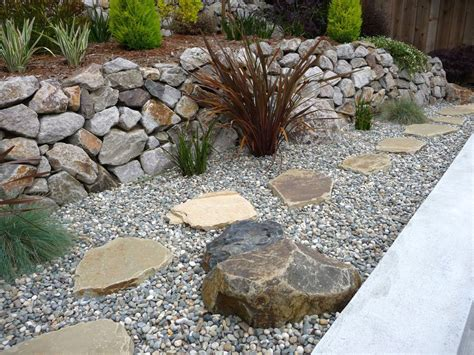 rock pathway ideas large rock pathway gardening with rocks ideas