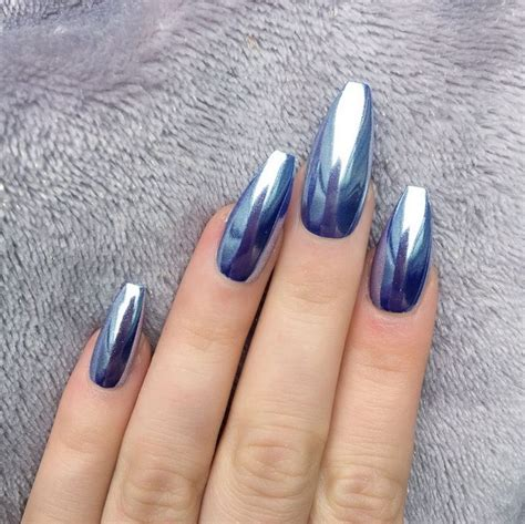 Styles That Stick Manicure by Best 25 Chrome Nails Ideas On Holographic