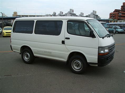 2001 Toyota Hiace 2001 Toyota Hiace Pictures