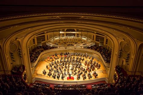 To Visitor's Ears, Chicago SO's Hall Detailed, Coherent