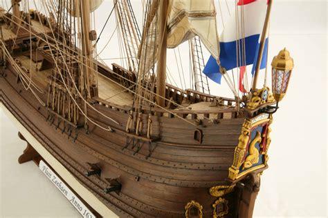 close    ship model dutch fluyt zeehaen